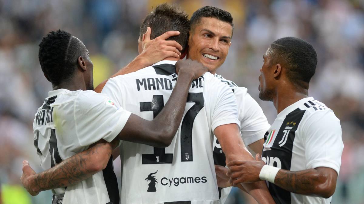 6cb11e77d92 Juventus 2-0 Lazio: match report and goals, Serie A 2017-18 - AS.com