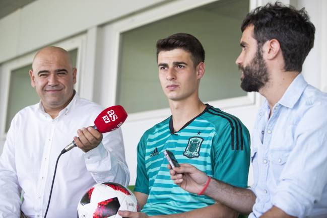 Kepa sat down with AS to give his views on life in the spotlight.
