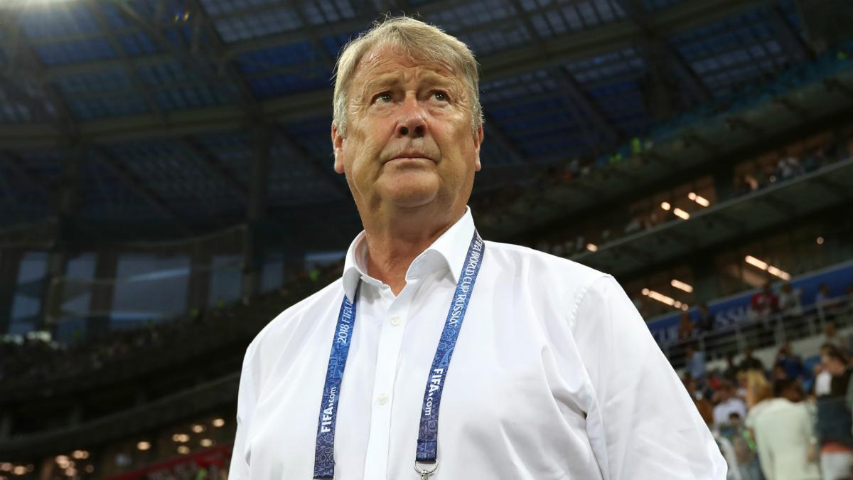 Jensen named temporary Hareide replacement as unknown Denmark players travel to Slovakia