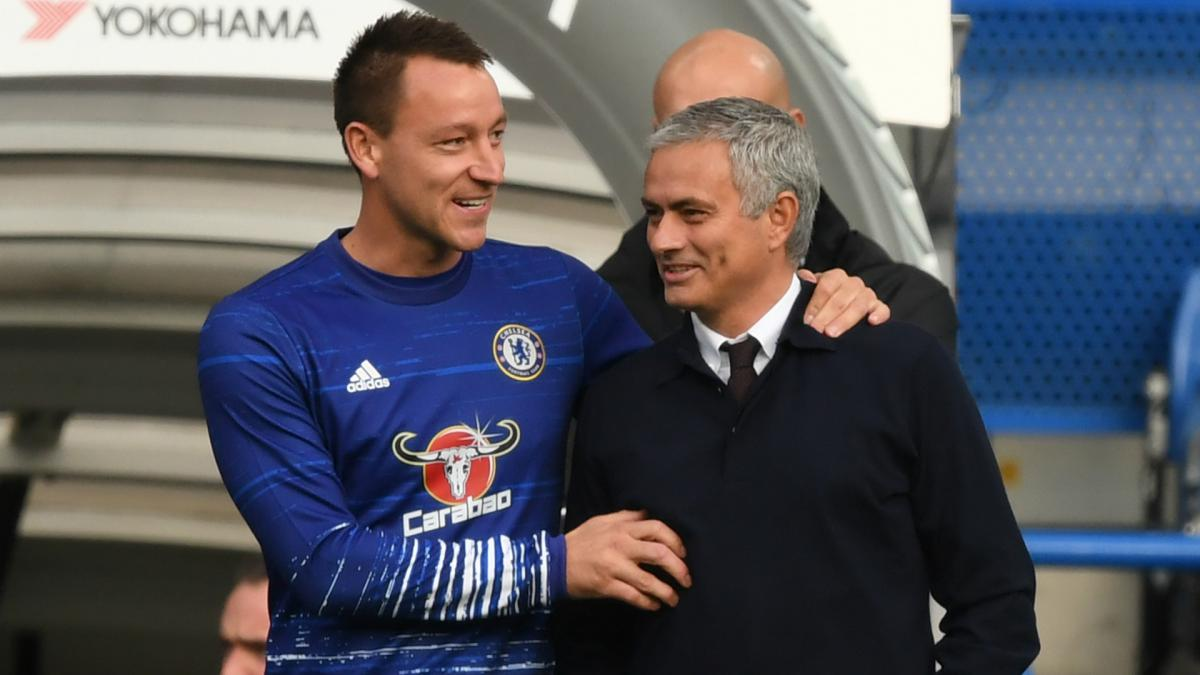 Mourinho missing leaders at Manchester United – Terry