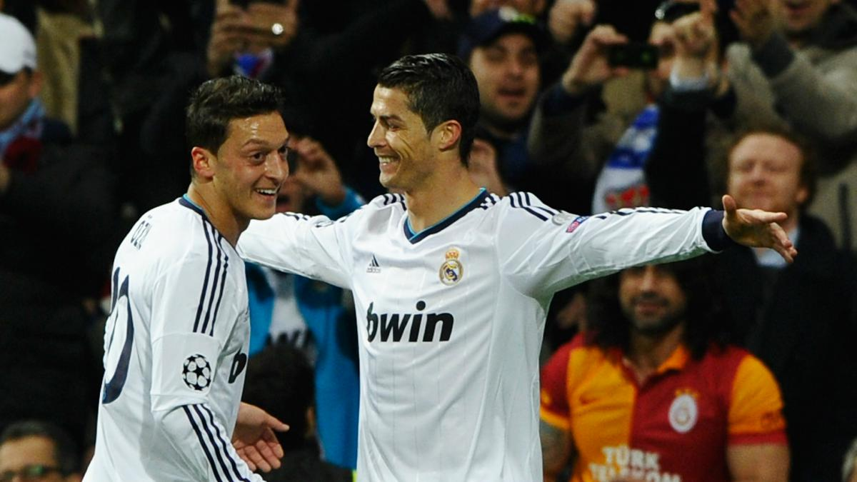 Ronaldo one of the greatest footballers who's ever lived, says Ozil