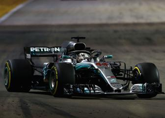 Hamilton extends lead as Vettel falters again