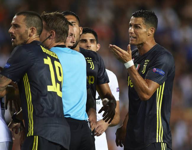 Cristiano Ronaldo of Juventus reacts after his red card.