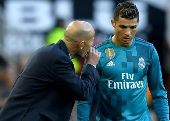 Pérez pays tribute to Ronaldo and Zidane
