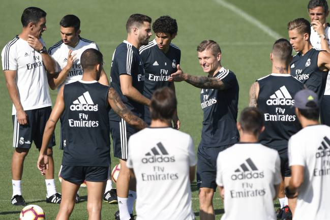 Kroos direction | Real Madrid training ahead of Sevilla trip.