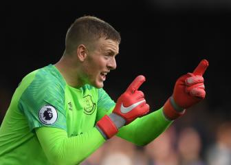 Pickford signs new six-year Everton deal
