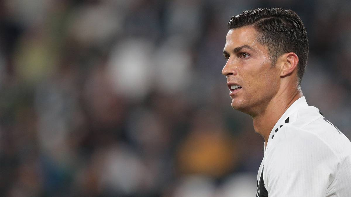 Ronaldo available for Man United games after one-game ban