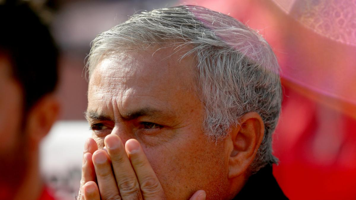 Mourinho leads Manchester United to joint worst Premier League start