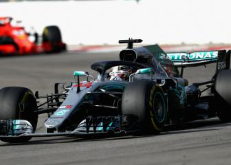 Hamilton benefits from team orders to win Russian GP