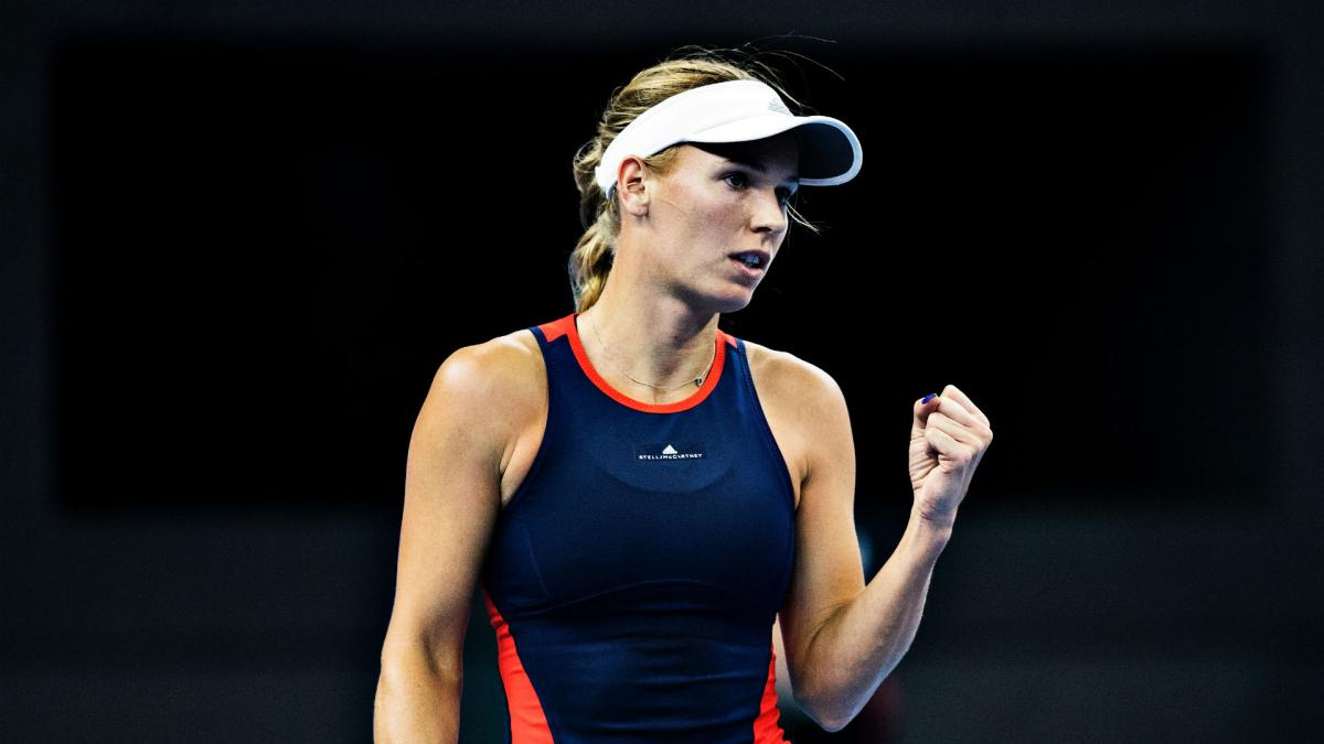 Wozniacki back on track in Beijing