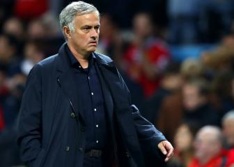 Mourinho blames police for Utd. bus delay and police hit back