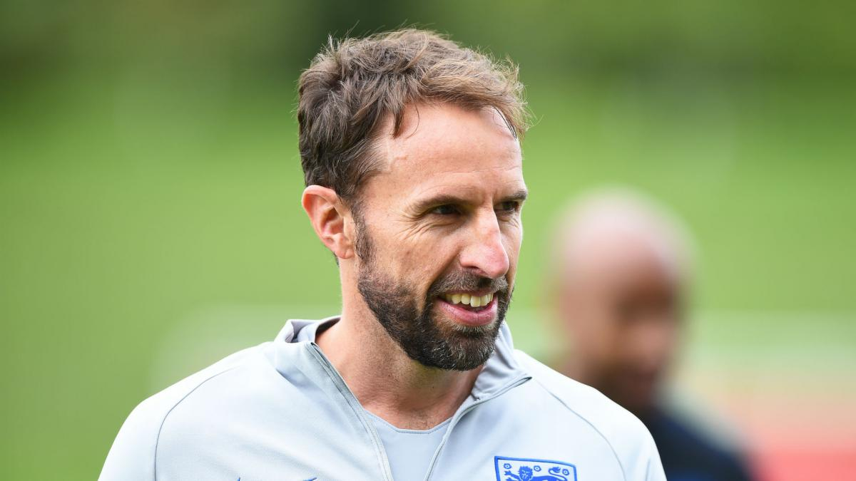 Southgate signs England extension until 2022