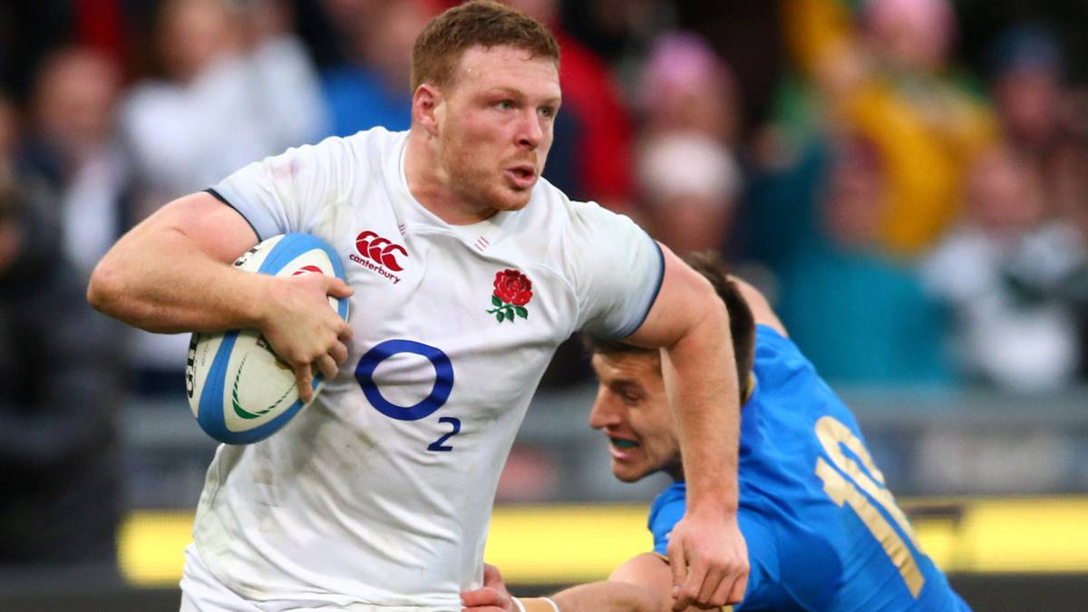 Rugby: England's Simmonds facing six months on sidelines