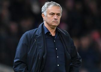 'Moaning' Mourinho should stay at Manchester United, says Scholes