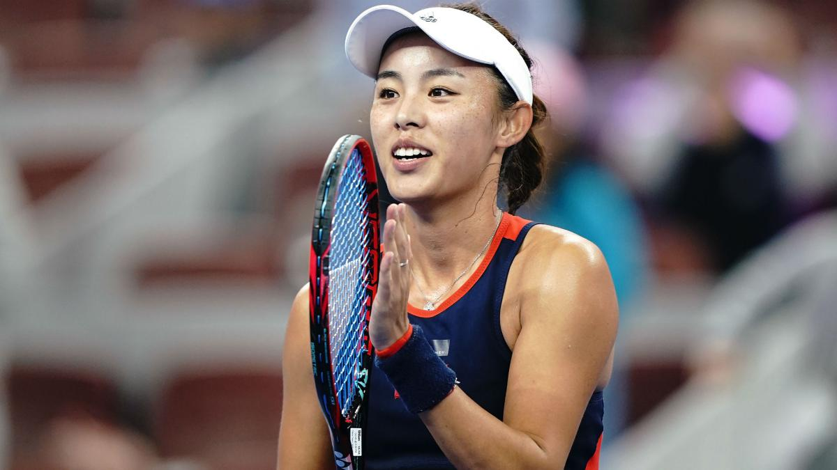 Wang to face Wozniacki after halting Sabalenka surge