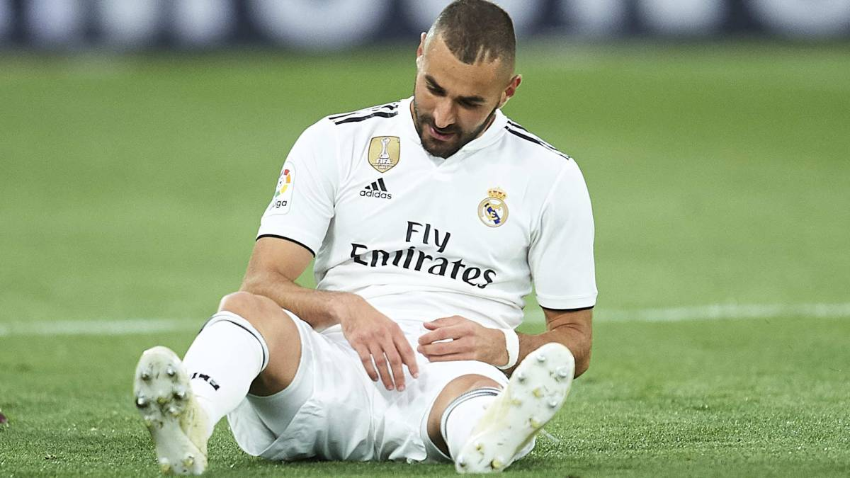 Karim Benzema set to miss two weeks with hamstring injury