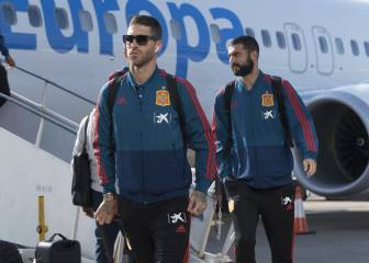 Spain touch down in Cardiff ahead of Wales friendly
