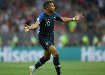Mbappé is coping well with new status, says Lloris