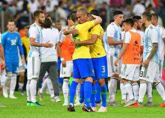 Brazil snatch victory at the death as Argentina switch off