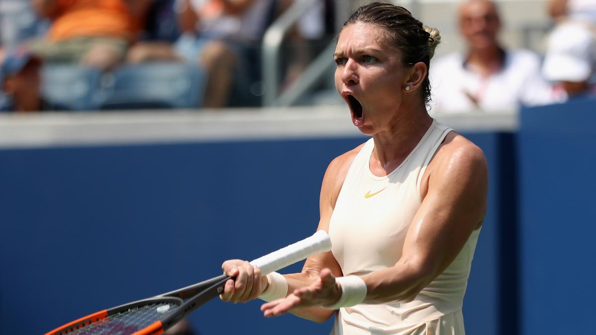 Halep withdraws from Kremlin Cup ahead of WTA Finals