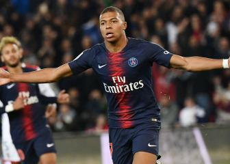 'Phenomenon' Mbappe deserves Ballon d'Or: Buffon