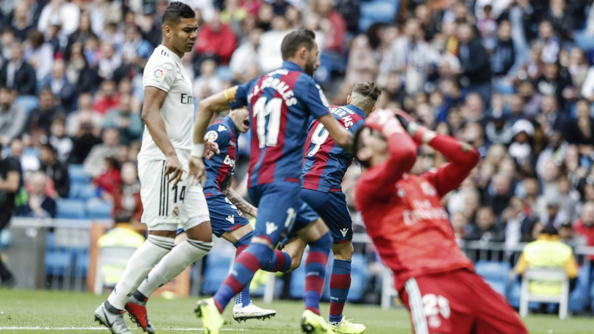 Varane penalty against Levante