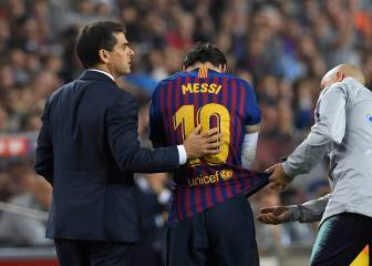 Messi injury: misses El Clásico and out for three weeks
