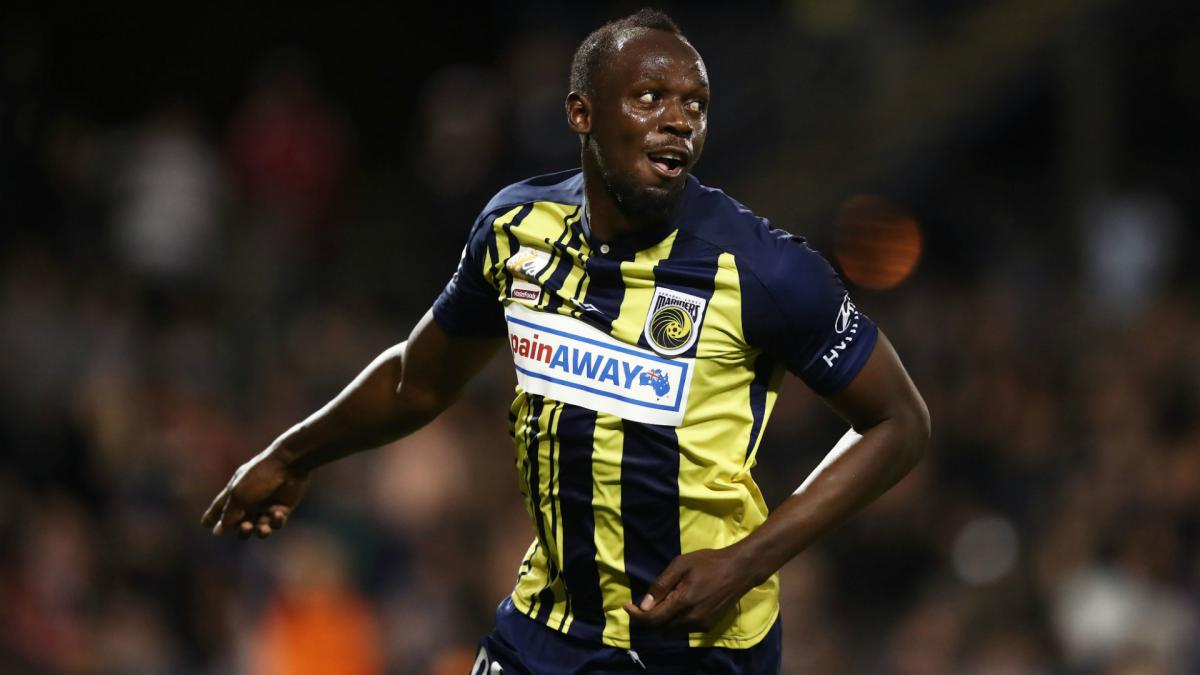 Bolt offered contract by Central Coast Mariners