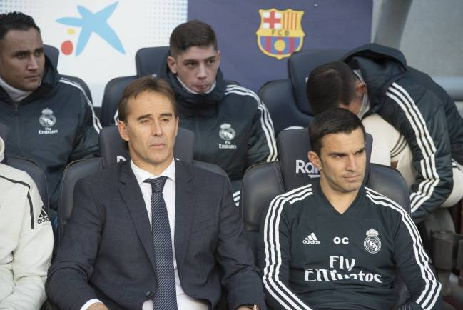 Not going to plan | Lopetegui during El Clásico.