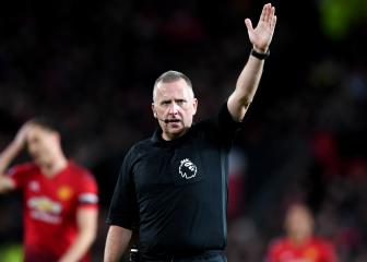 Referee made it easy for Man United – Silva