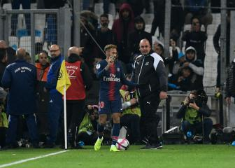 Neymar wants bottle-throwing Marseille fans punished