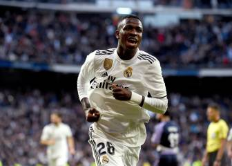 Solari's Madrid strike it rich against brave Valladolid