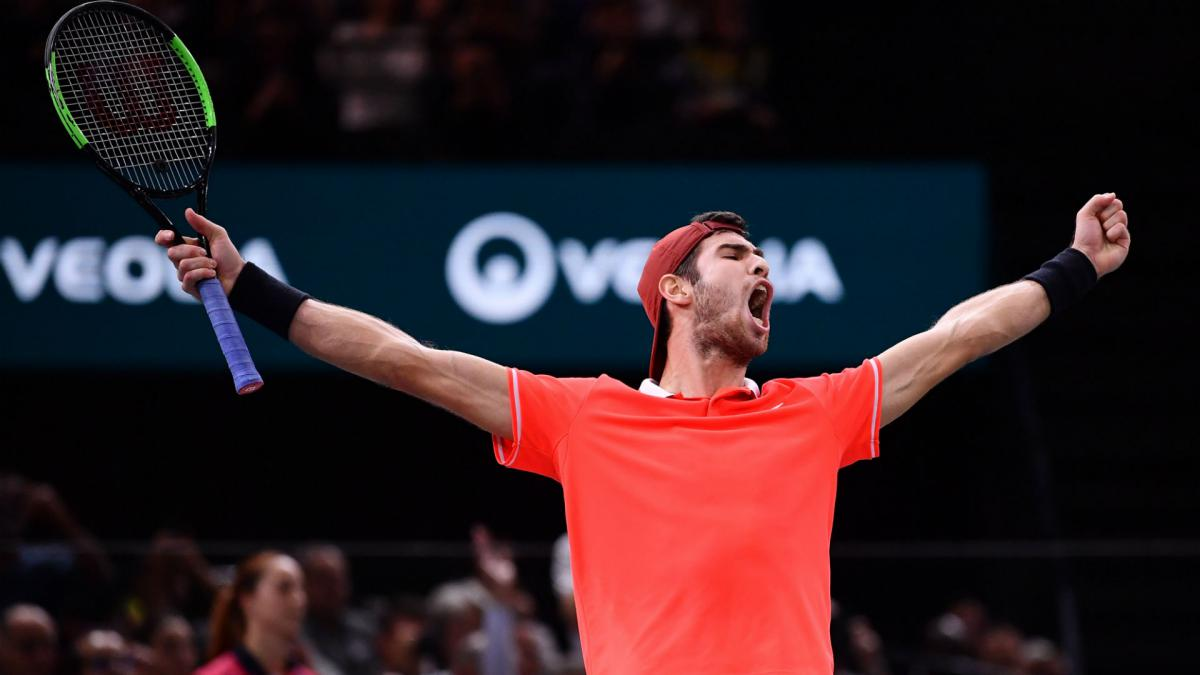 Inspired Khachanov stuns Djokovic to claim Paris title