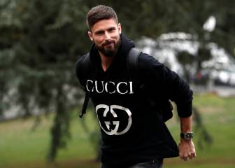 Giroud: 'It's impossible to display homosexuality in football'