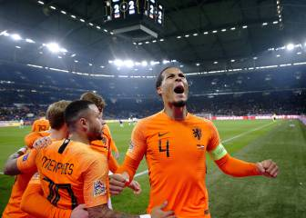 Dutch into Nations League finals after stunning late comeback