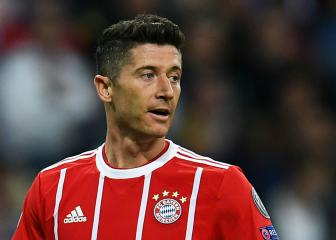 Lewandowski picks up knee injury but Coman back training