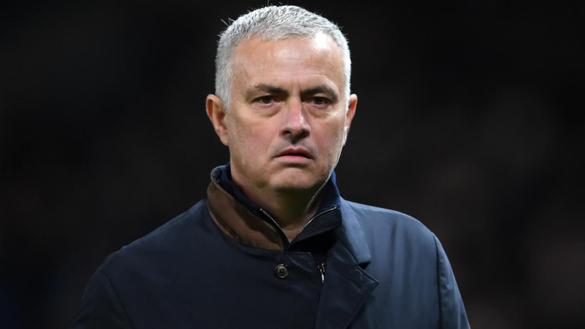 Mourinho questions United's transfer bargaining power