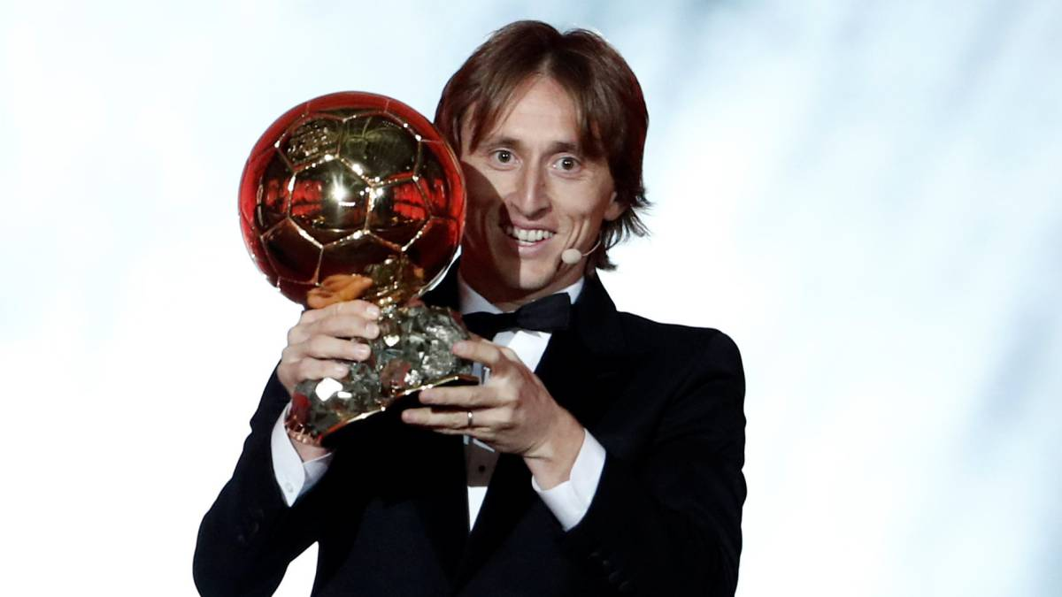 Luka Modric wins the 2018 Ballon d'Or award