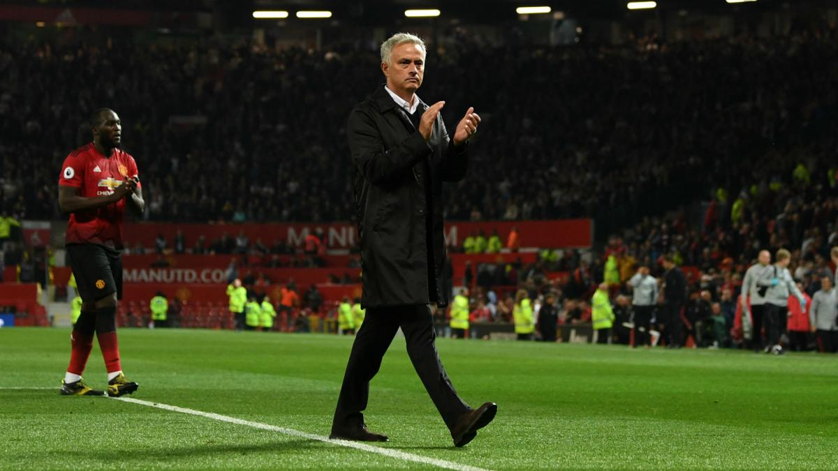 Jose Mourinho not 'in contact' with Manchester United fans