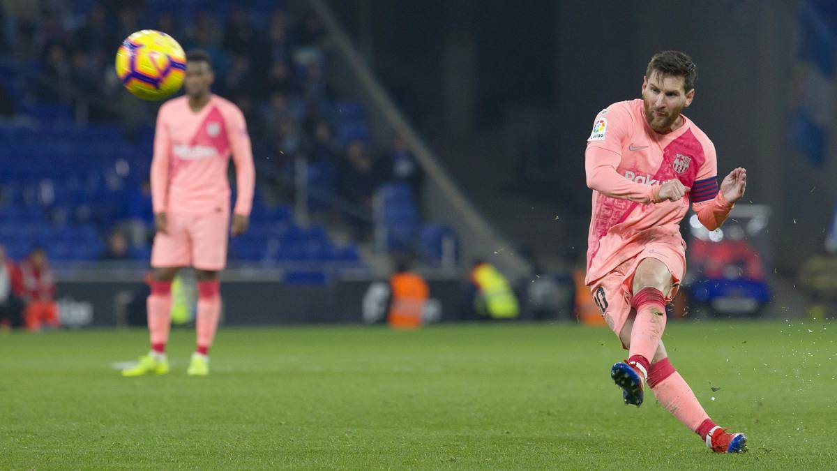 Fire up Messi thrashes Espanyol