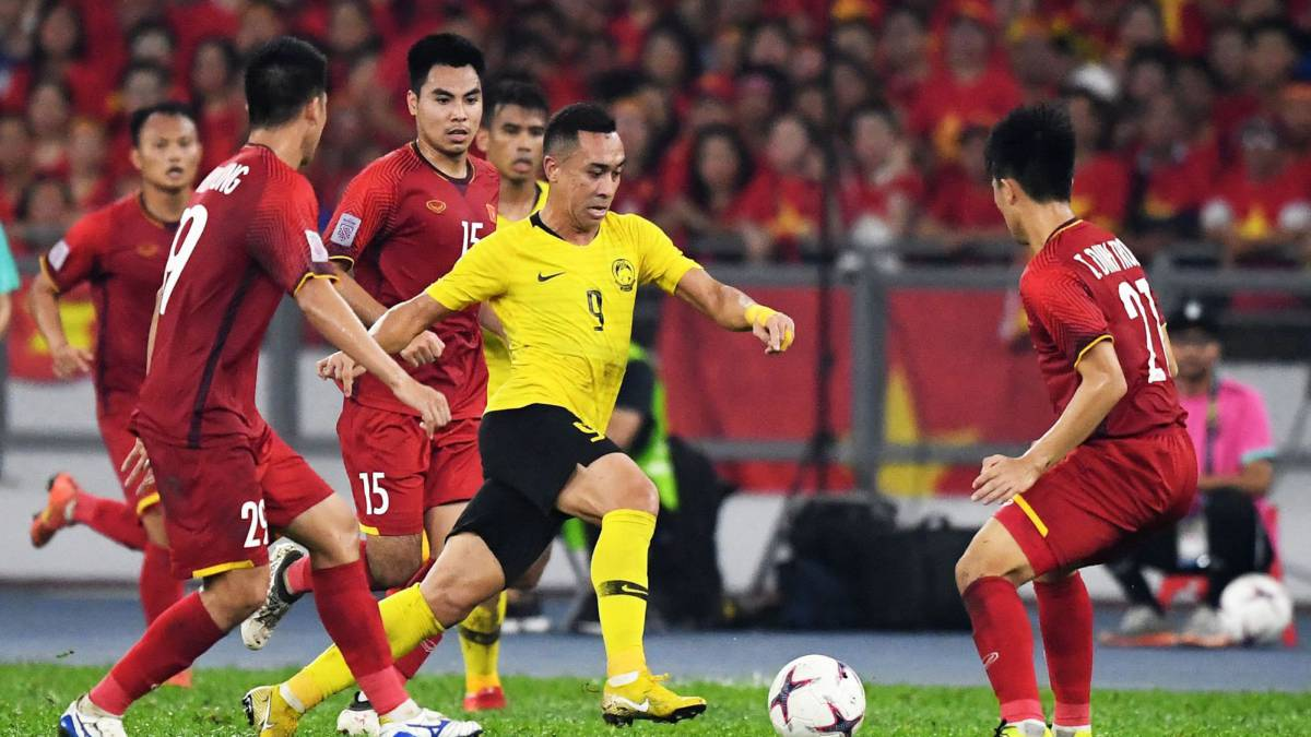 AFF Suzuki Cup final: Malaysia fight back to rescue a draw
