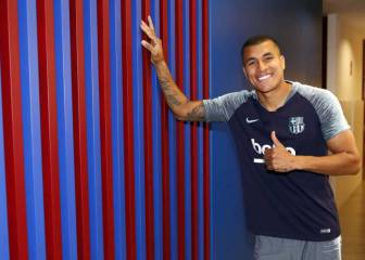 Jeison Murillo joins Barcelona on loan from Valencia