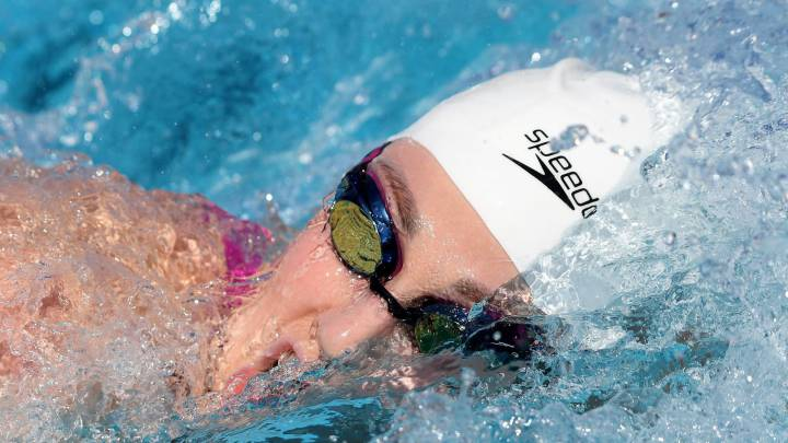 5-time Olympic champion Missy Franklin hangs up her goggles