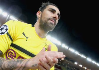 Borussia Dortmund suspect torn muscle for Alcacer