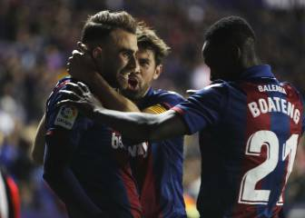 Levante beat Barça to bring lead to Camp Nou second leg