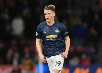 McTominay signs new Manchester United contract