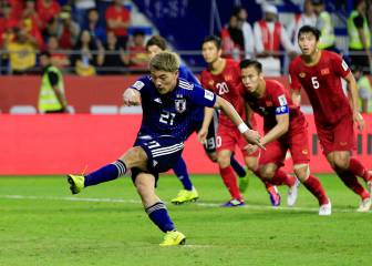 Japan through to semis after seeing off valiant Vietnam