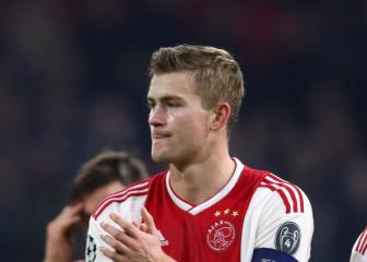 De Ligt focused on Ajax as Barcelona speculation mounts