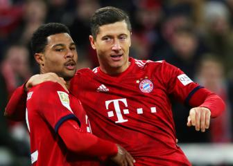 Bayern cool over lack of cover for Lewandowski