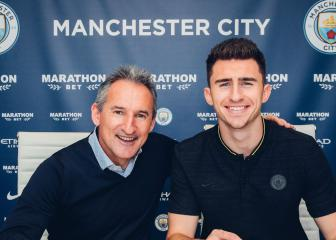 Laporte signs extension with Manchester City